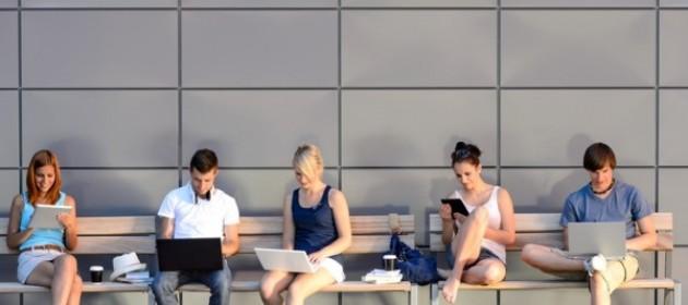 Sosyal medya bağımlılığının 5 belirtisi